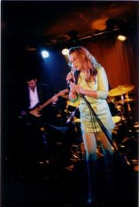 4 Jan 96 Live @nd InConcert Debbie Harry onstage p